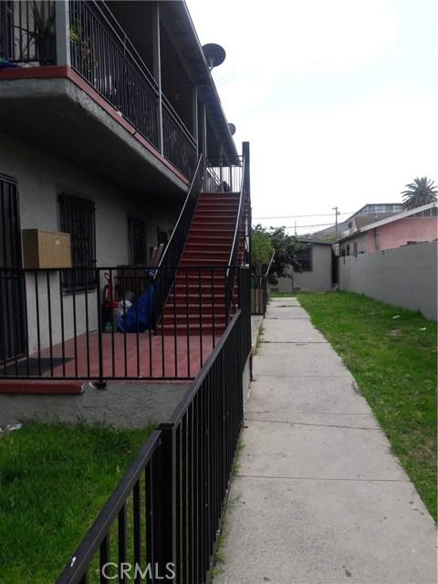 352 E 52nd Street E, Los Angeles, CA 90011