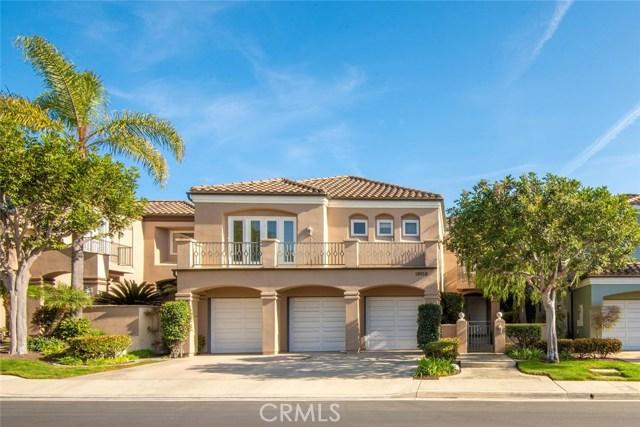 19016 Stonehurst Lane, Huntington Beach, CA 92648