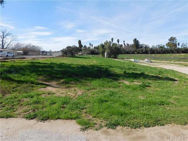 10001 Limonite Avenue, Jurupa Valley, CA 92509