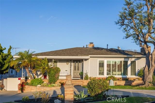 126 Camino De Las Colinas, Redondo Beach, California 90277, 4 Bedrooms Bedrooms, ,2 BathroomsBathrooms,For Sale,Camino De Las Colinas,SW19178126