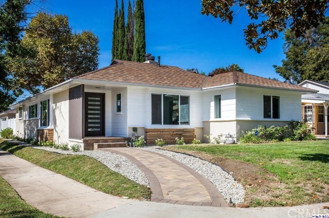 4303 Babcock Avenue, Studio City, CA 91604