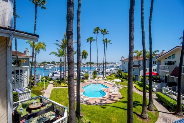 16286  Pacific Circle, Huntington Harbor, California