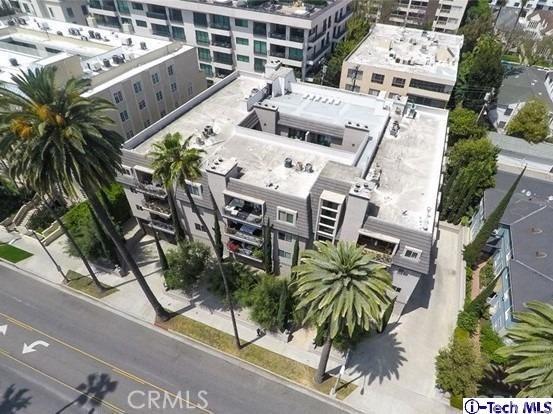 439 N Doheny Drive 202, Beverly Hills, CA 90210
