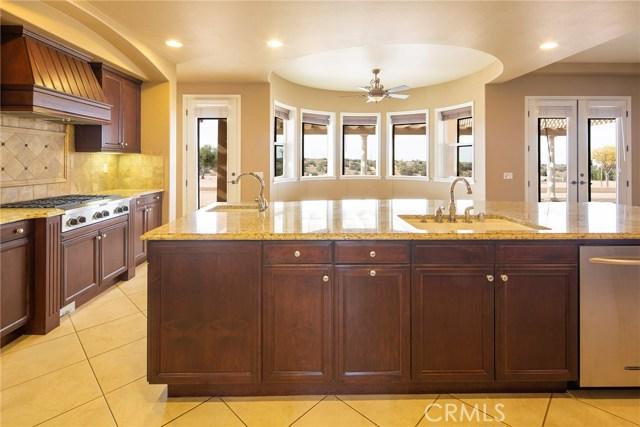 7560 Royal View Ln, Oak Hills, CA 92344 Photo 20