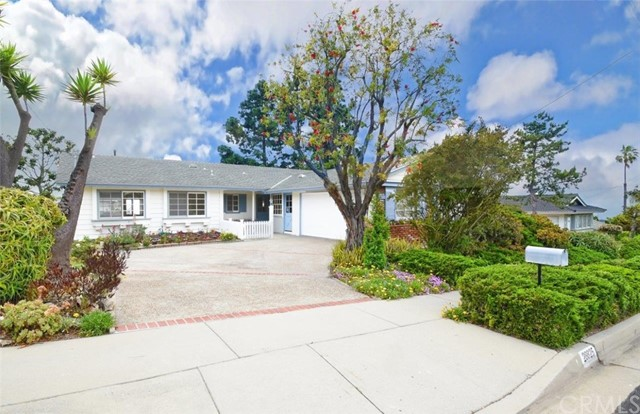Photo of 28825 Trailriders Drive, Rancho Palos Verdes, CA 90275