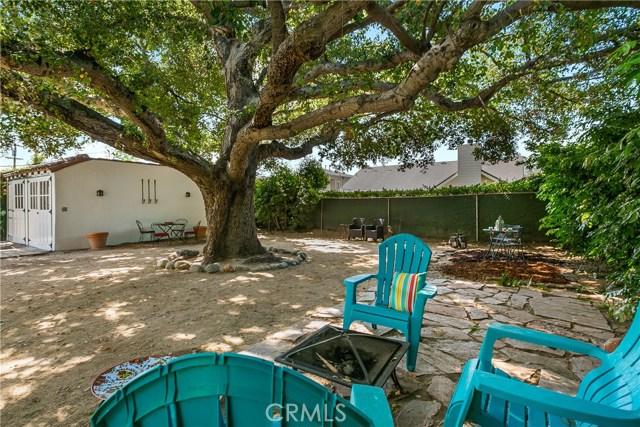 Rear Yard Oak Tree and Sitting Areas
