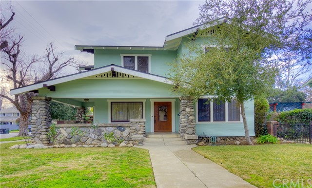 286 E Jefferson Avenue, Pomona, CA 91767