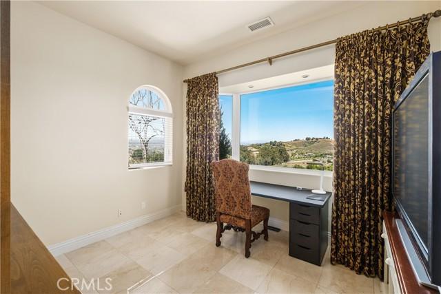 67. 44225 Sunset Terrace Temecula, CA 92590