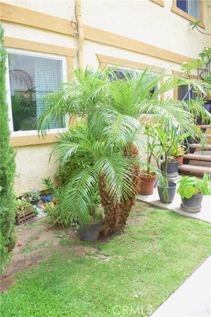 21828 Belshire Avenue 13, Hawaiian Gardens, CA 90716