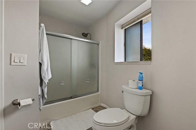 18200 Kingsdale Avenue, Redondo Beach, California 90278, 3 Bedrooms Bedrooms, ,3 BathroomsBathrooms,For Sale,Kingsdale,SB21015775