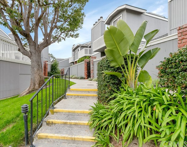 4494 Shorebird Drive 14, Huntington Beach, CA 92649