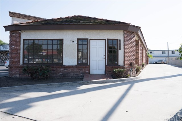 10622 Katella Avenue, Anaheim, CA 92804