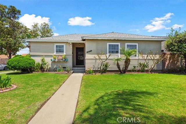 1521 W McFadden Avenue, Santa Ana, CA 92704