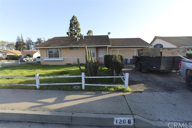 1206 E Sunset Avenue, Santa Maria, CA 93454