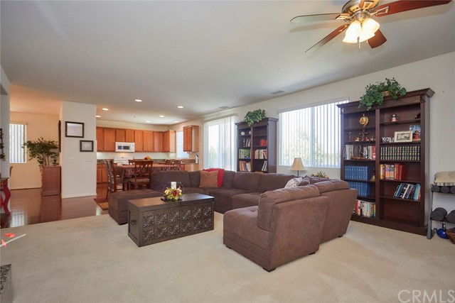 8443 Fillmore Ct, Oak Hills, CA 92344 Photo 9