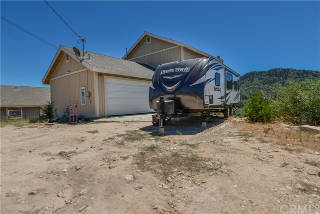 236 Lupin Way, Cedar Glen, CA 92321
