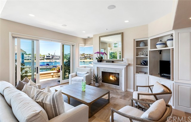109 N Bay Front, Newport Beach, CA 92662