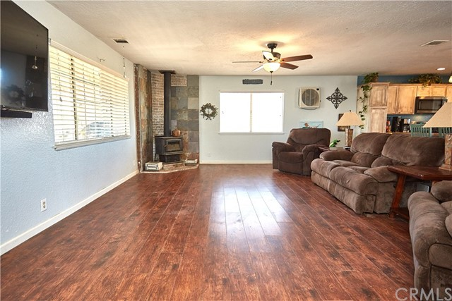 10054 Trade Post Rd, Lucerne Valley, CA 92356 Photo 6