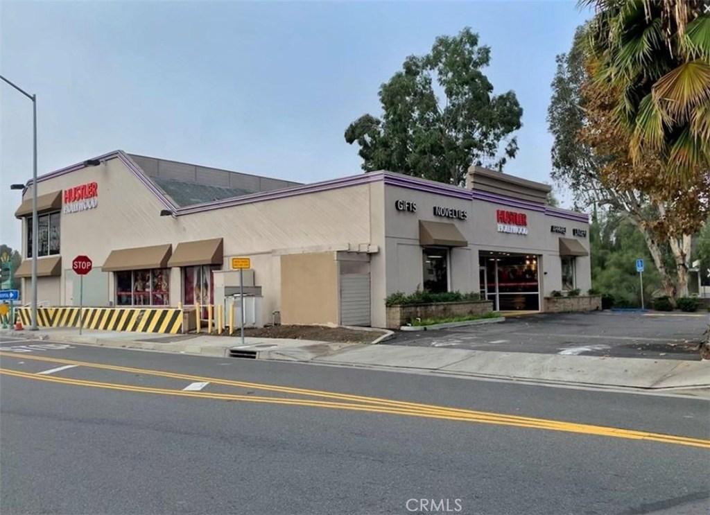 Photo of 210 N Sunset Avenue, West Covina, CA 91790