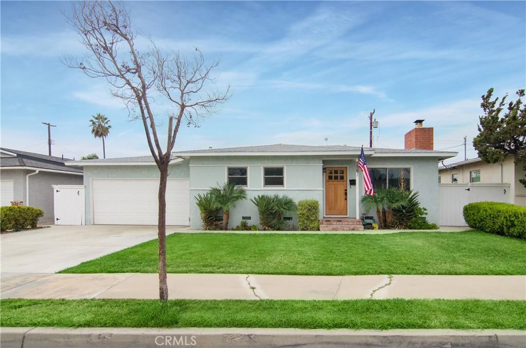 744 Russell, Arancione CA