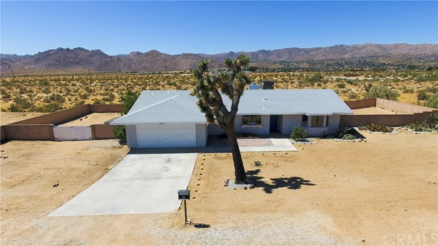 62155 Crestview Drive, Joshua Tree, CA 92252