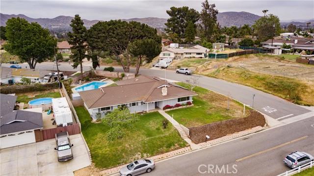 2. 4195 Cedar Avenue Norco, CA 92860