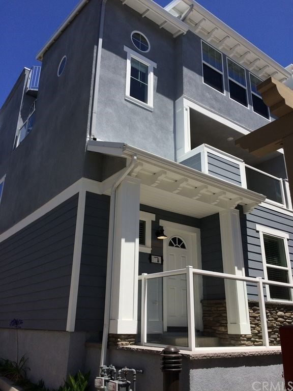 Live in the lap of luxury!! Contemporary, designer beach home is just a block from the beach in beautiful downtown Pismo Beach. Come live where people vacation, or utilize this permitted vacation rental as an income producing investment. This 3 story home has plenty of room for the whole family or travelers, having 3 bedrooms, all with their own ensuite bathrooms and whole house water softener system. The Master Suite even has a private balcony. This home has it all! Upgraded kitchen features rich cabinetry, granite counters, modern backsplash, breakfast bar, stainless steel appliances and complete with dishes and cookware for all your baking needs. Tile flooring allows for easier sand cleanup after a beach outing. Entertain, grill it up on the BBQ and soak up the sun and ocean views from both the rooftop and deck off the main living area. Sunsets over the Pacific are calling you! The attached garage is equipped with a ping pong table and arcade featuring over 400 games for everyone to enjoy. Fully stocked for the vacationer or staycationer, completely furnished, tv's included, and and move-in-ready.