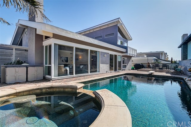 16501 Cotuit Circle, Huntington Beach, CA 92649