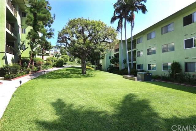 1301 S Atlantic Boulevard 335, Monterey Park, CA 91754