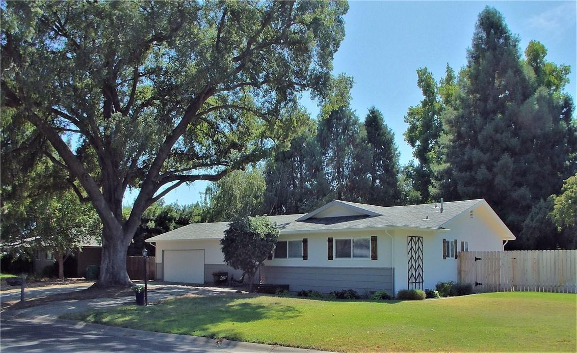 28 Lawnwood Drive, Chico, CA 95926