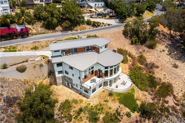 3. 2175 Lemon Heights Drive North Tustin, CA 92705