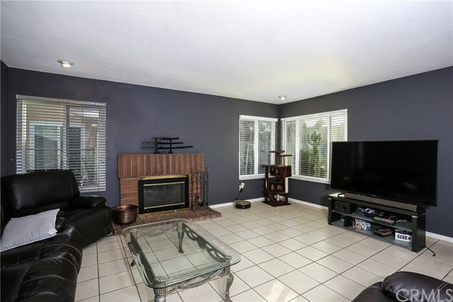 Image 7 For 669 Arroyo Seco Drive