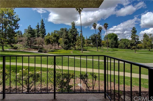 2392 Via Mariposa W 1H, Laguna Woods, CA 92637