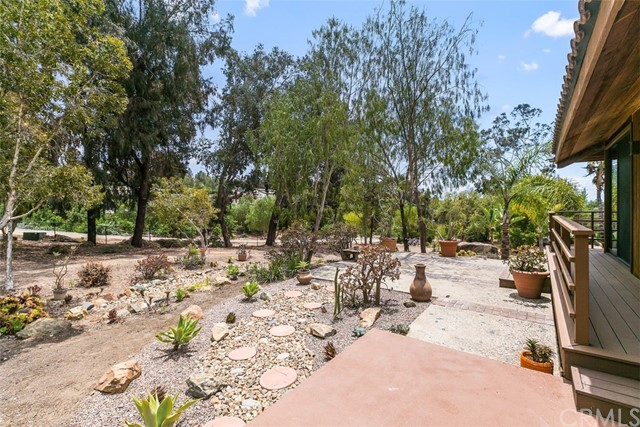 17. 6983 Via Del Charro Rancho Santa Fe, CA 92067