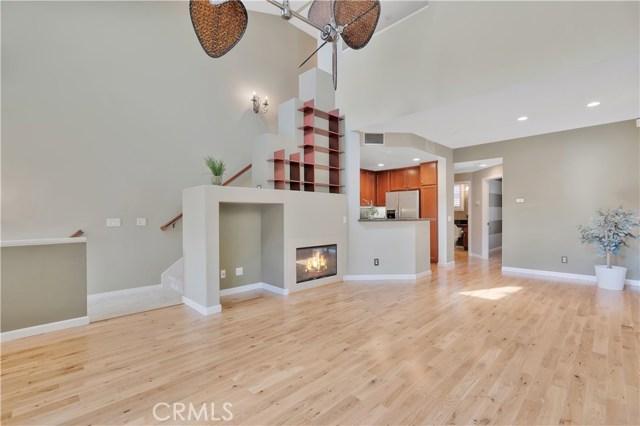 207 Danbrook, Irvine, CA 92603