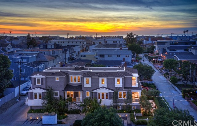 440 6th Street, Manhattan Beach, California 90266, 6 Bedrooms Bedrooms, ,5 BathroomsBathrooms,Single family residence,For Sale,6th,SB20002761