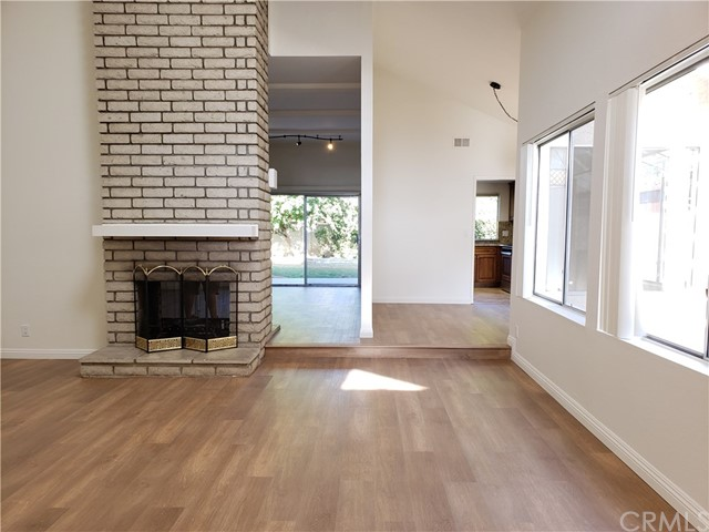 18096 S 3rd St, Fountain Valley, CA 92708