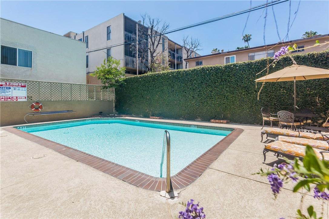 221 S Oak Knoll Av, Pasadena, CA 91101 Photo 34