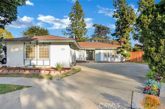 2221 N Lyon Street, Santa Ana, CA 92705
