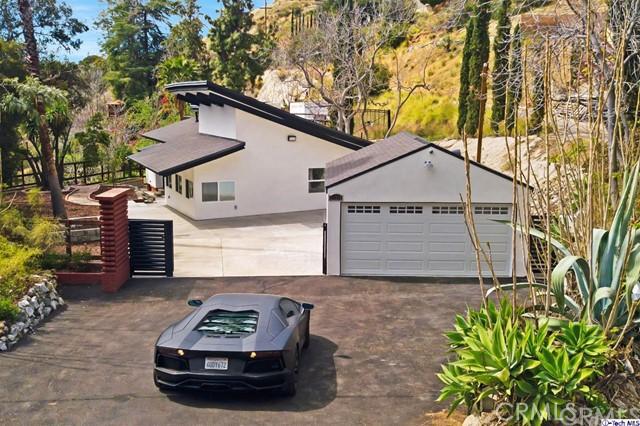 11319 Alethea Drive, Sunland, CA 91040