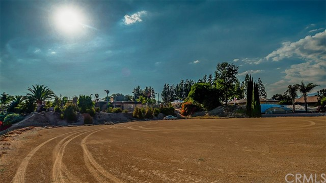 327 Saddlehorn, La Verne, CA 91750 Photo 29