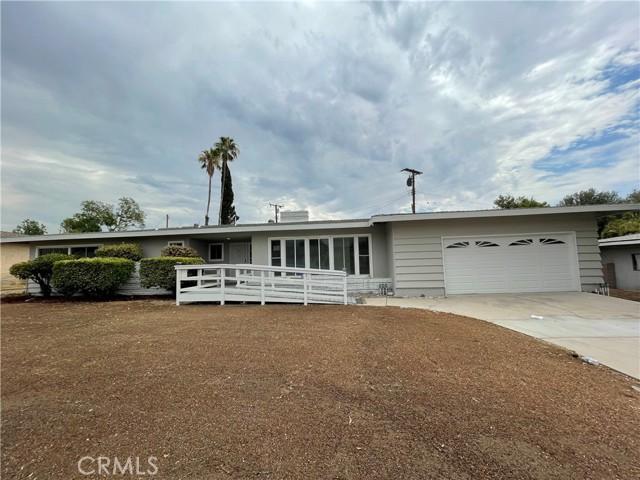 247 Palmyra Drive, San Bernardino, CA 92404