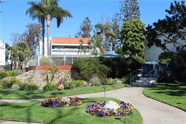 812 Camino Real 203, Redondo Beach, California 90277, 2 Bedrooms Bedrooms, ,2 BathroomsBathrooms,For Rent,Camino Real,SB18067401