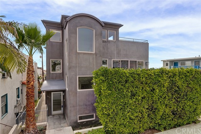 449 Manhattan Avenue, Hermosa Beach, CA 90254