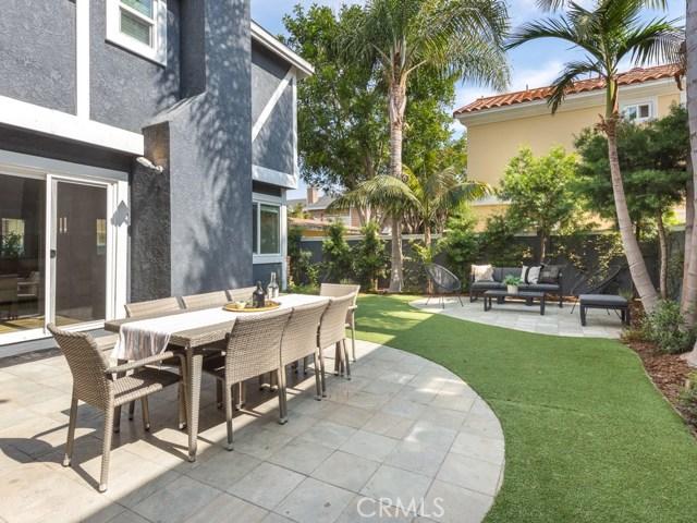 2312 Huntington Lane B, Redondo Beach, California 90278, 4 Bedrooms Bedrooms, ,2 BathroomsBathrooms,For Sale,Huntington,SB20214766