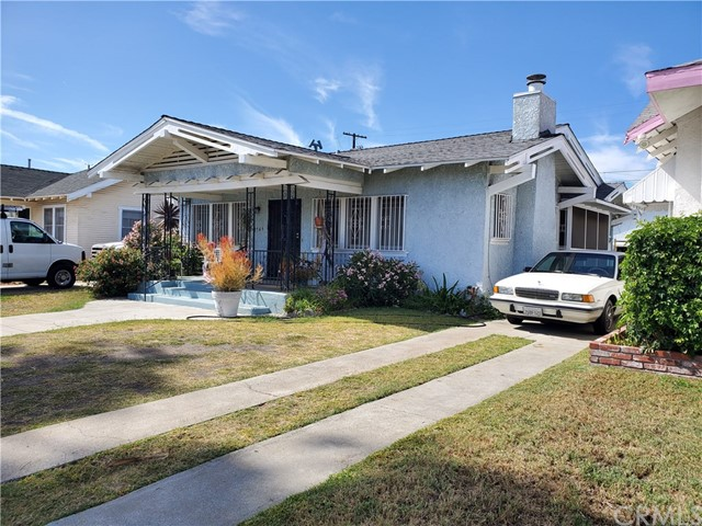 1749 41st Drive, Los Angeles, California 90062, 2 Bedrooms Bedrooms, ,1 BathroomBathrooms,Single family residence,For Sale,41st,SB19197664
