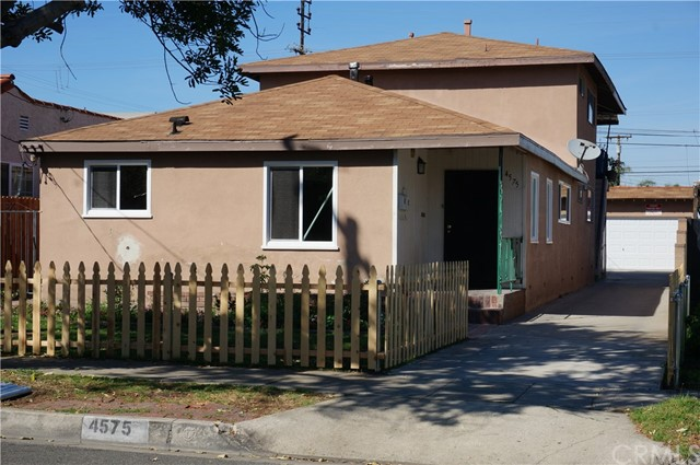 4575 115th, Hawthorne, California 90250, ,Residential Income,For Sale,115th,IN21058939