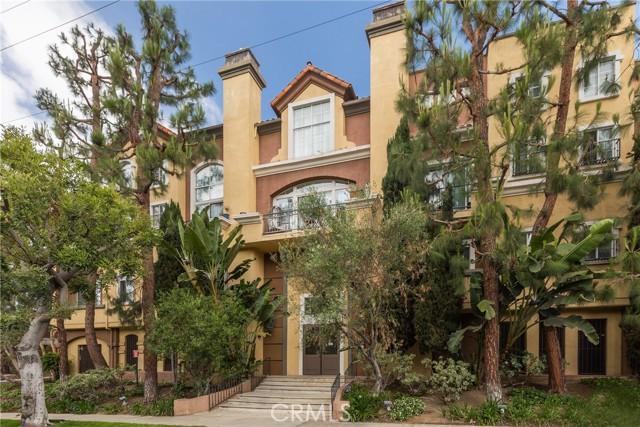 19. 7111 La Tijera Boulevard #A102 Los Angeles, CA 90045