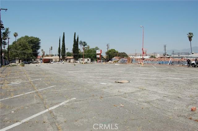 2167 N LUGO, San Bernardino, CA 92404