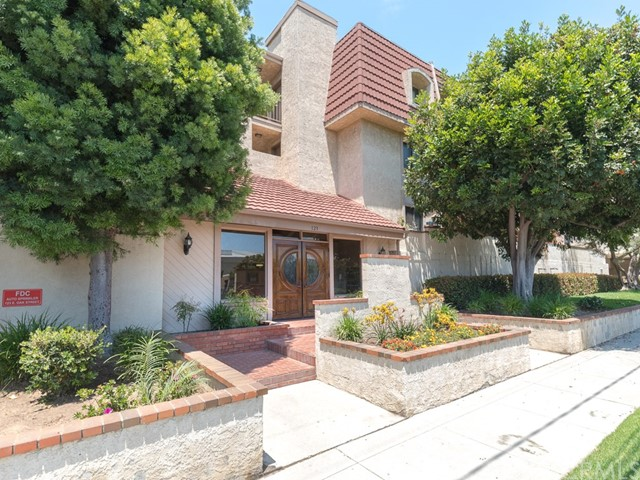 123 E Oak Avenue 303, El Segundo, CA 90245